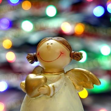Karácsonyi jókívánság versbe csomagolva